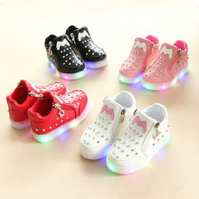Kids Baby Infant Girls Crystal Bowknot LED Luminous Shoes Sneakers Butterfly knot cute casual wear Little white shoe SH19050(China)