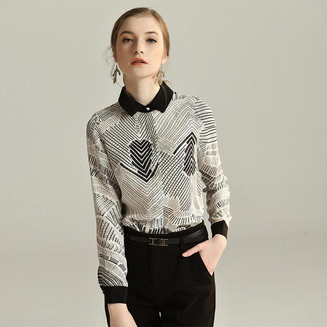 44% Silk Blouses For Women High Quality Printed Long Sleeve Women Blouse Printed Black White Summer 2019