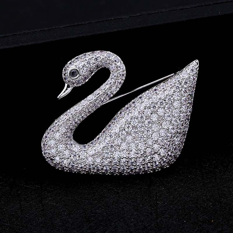 Red Trees Brand Fashion Classic Swan Shape Animal Brooch For Women With Luxury AAA Cubic Zirconia Box Package Christmas Gift