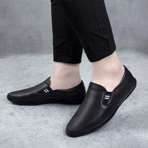 Image 5 - 2020 أحذية رجالي عادية حقيقية أحذية جلدية بدون كعب الذكور الكلاسيكية أبيض أسود الانزلاق على حذاء رجل الشقق أحذية قيادة للرجال حجم 37 46