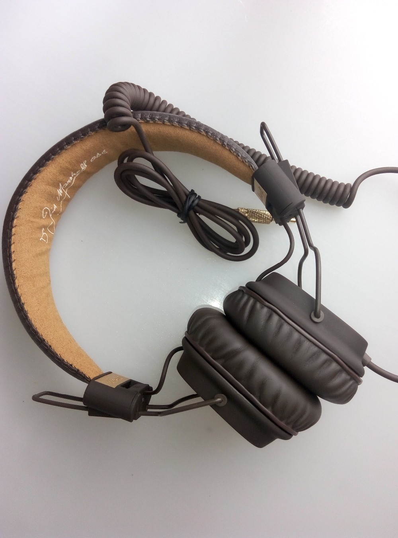 major dj studio headphone with microphone remote on ear pro stereo earphone headphones headset. Black Bedroom Furniture Sets. Home Design Ideas