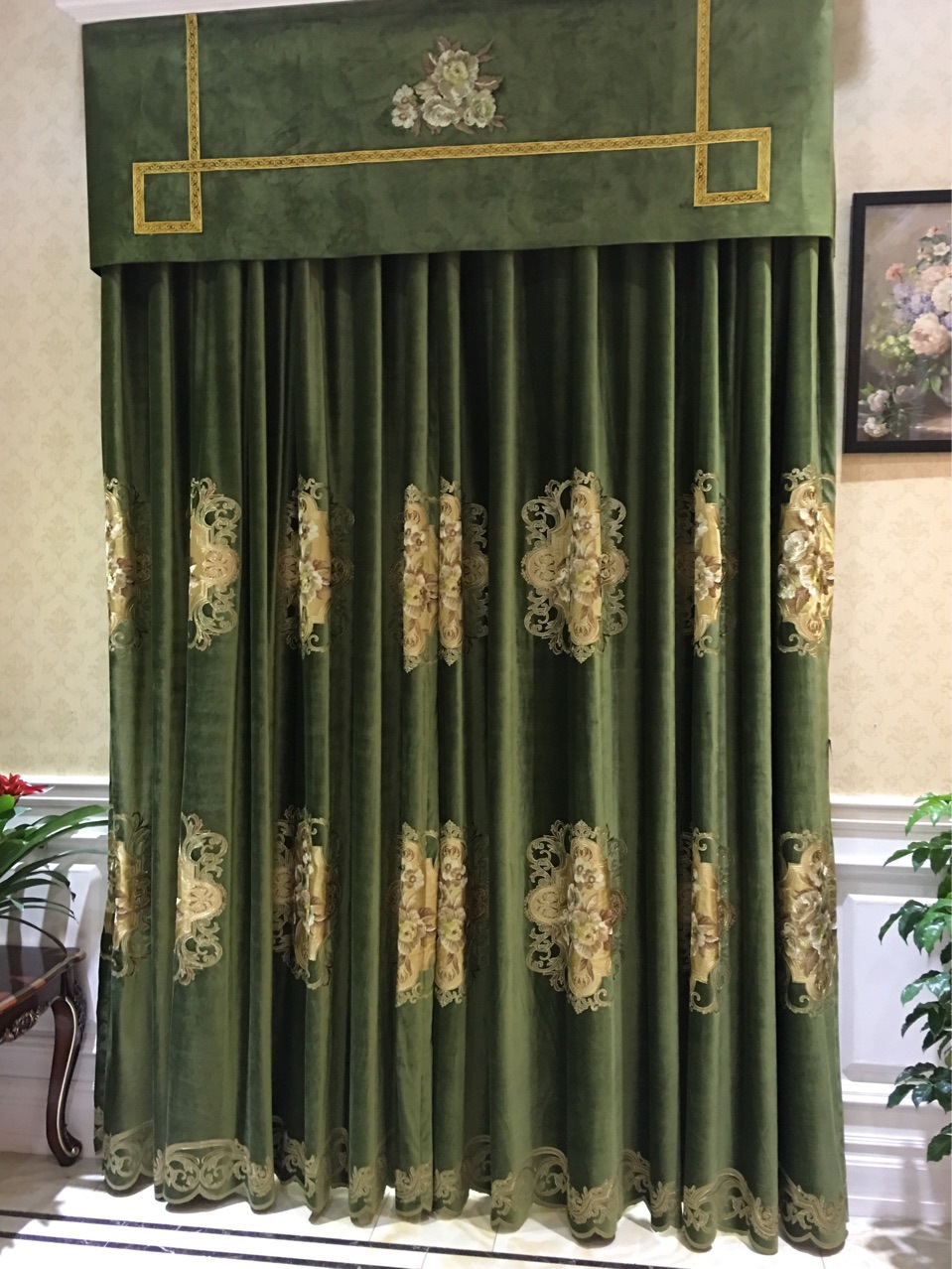 Luxurious Embroidery Velvet Euro Deep Green Drapery Curtain Panels Cloth  Upholstery Fabric 280cm Width Rail Roaded Sell By Pair In Fabric From Home  U0026 Garden ...