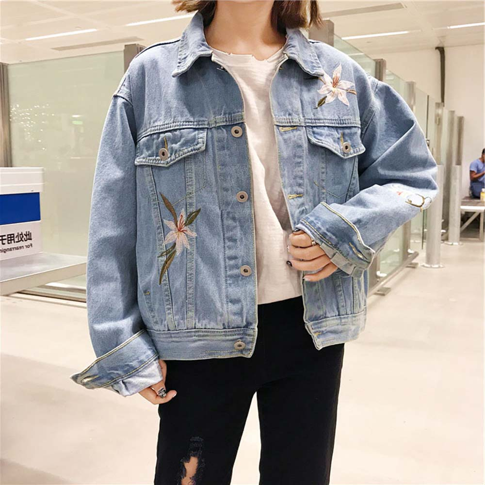 2018 Spring Autumn Women   Basic   Coats Women Denim   Jacket   Flower Embroidery Light Blue Jeans Coat Loose Long Sleeve   Jackets   New