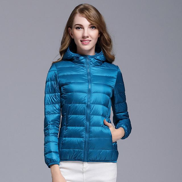 Kobiety biała kaczka w dół kurtki jesień kobieta ultra lekki dół kurtki Slim Solid długi rękaw z kapturem Parkas Candy Color