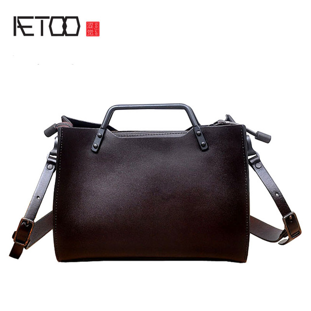 Aetoo The First Class Of Leather Cowhide Handbags Retro Tannery Metal Portable Messenger Bag Minimalist