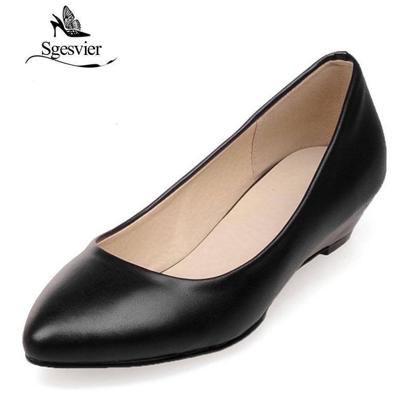 3cf7828c Sgesvier mujeres Bombas cabeza puntiaguda Tacones bajos cuña Zapatos mujer  resbalón en Zapatos blanco negro Bombas
