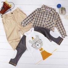 3 Pcs Enfants Casual Plaid T-shirt de Bande Dessinée Tops avec un Pantalon Long ensemble De Mode Bébé Garçon Doux Coton T-shirt Tops avec Solide pantalon