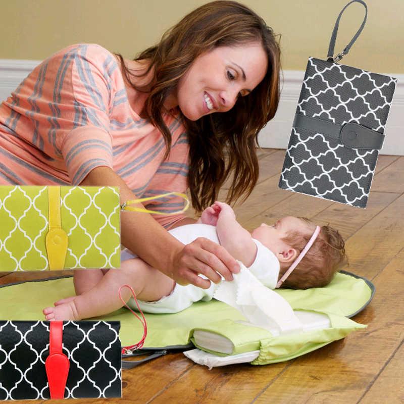 Portátil cambiar pañales de embrague para Recién Nacido plegable las manos limpias cambiando Kit de estación suave Flexible de viaje de cuidado del bebé