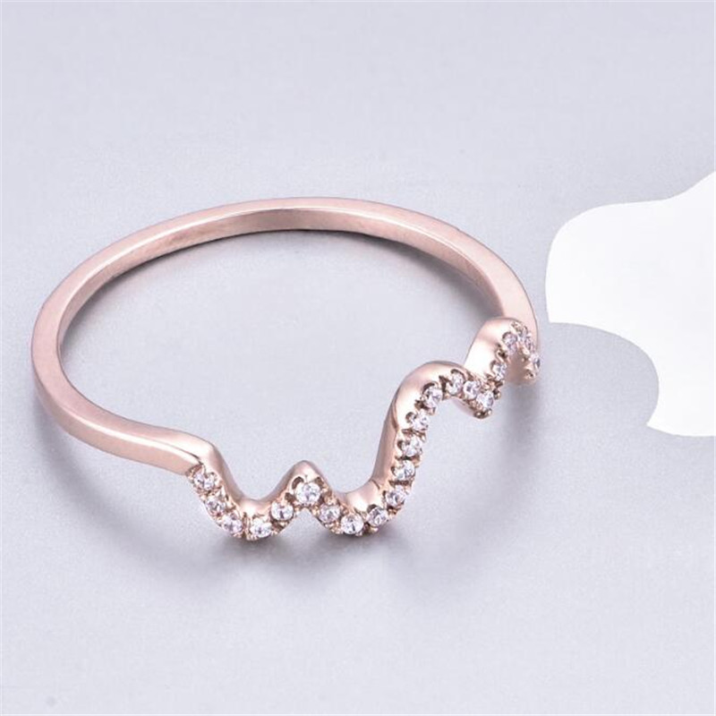 Simple Style 18K Gold Round Wave Finger Rings Rose Gold Color Fashion Brand Rock Jewellery Jewelry For Women Wholesale in Rings from Jewelry Accessories