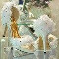 Мода Дамы White Satin Перо Свадьба Невесты Пром Платье Туфли На Каблуках вечер платье обувь Летние Сандалии