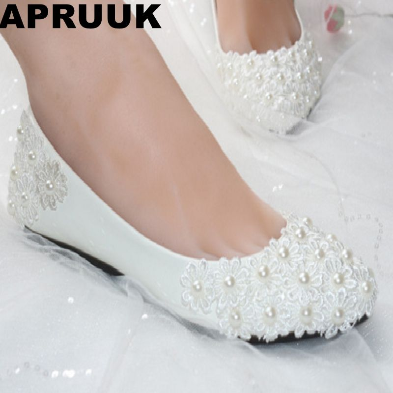 Flat heel lace flower white wedding shoes for woman women's plus sizes round toes lace flower pearls brides wedding flats shoe extra large plus sizes 41 42 43 flats wedding lace shoes womens female woman bridal flat heel wedding flats shoes large sizes