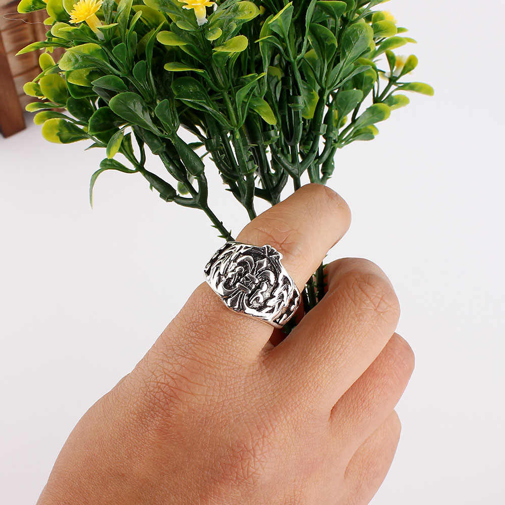 Модные большие 50 шт античные серебряные кольца с черепом в рок стиле оптом кольца для мужчин ювелирные изделия Бесплатная доставка