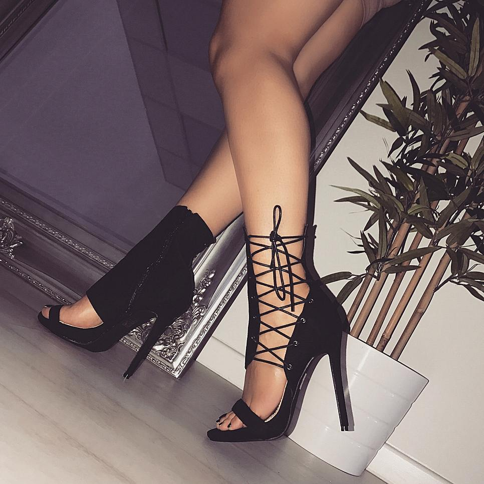 все цены на 2018 Lace Up High Heel Boots Sex Open Toe Ankle Boots For Women Lace Up Snakeskin Pattern Sexy Thin Heels 12 CM Extreme High