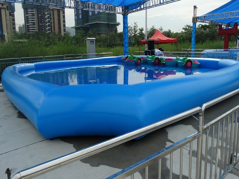 Inflatable pool outdoor large type swimming pool size 10 for Average square footage of a swimming pool