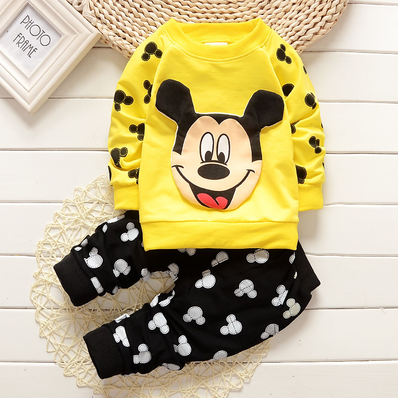 2016 new baby boys and girls autumn and winter clothes for the baby cute cartoon printed Mickey shirt + trousers cotton clothing avoid the ultraviolet radiation with the canopy pushchair baby build a safe soft environment for babies boys and girls pushchair