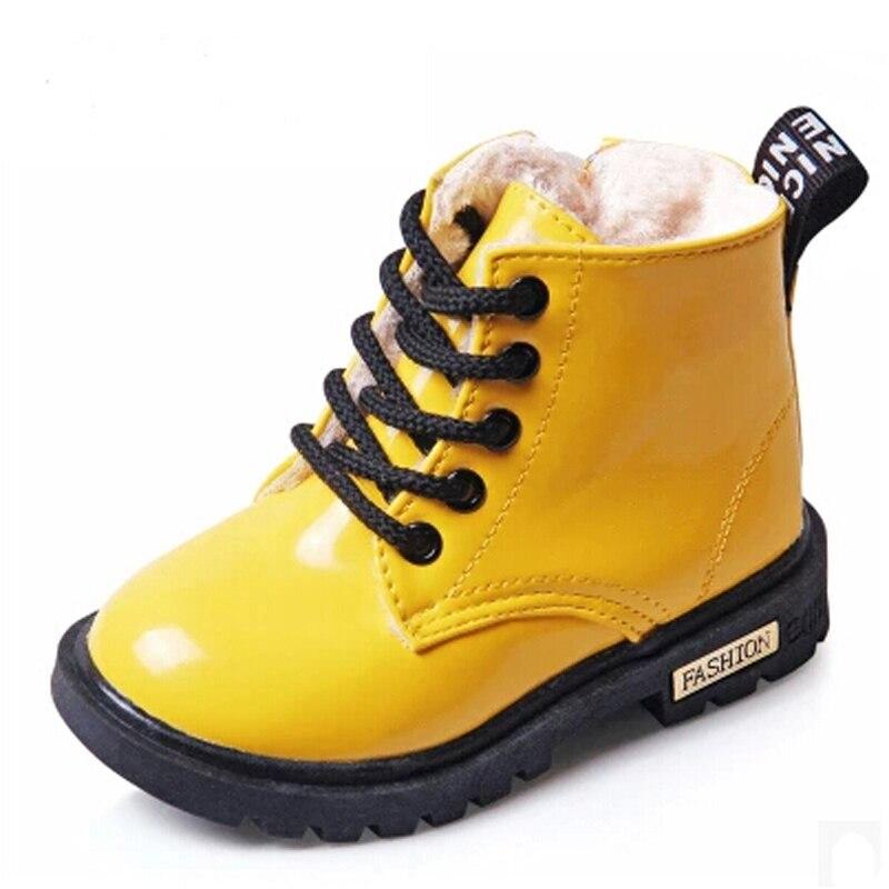 34e976c5 2017 Nuevo Invierno de Los Niños Zapatos de Cuero de LA PU Impermeable  Martin Botas Niños