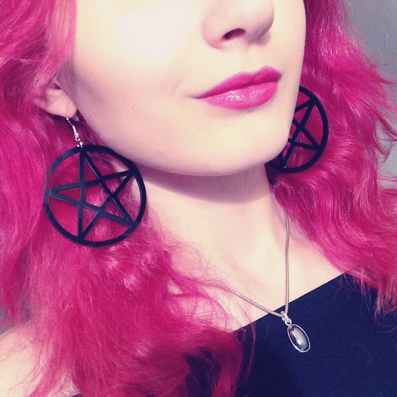 Big Black Pentagram Acrylic Hanging Dangling Earrings Wanita Ringan Bijoux Classic Besar Subang Anting-anting Barang Kemas Brincos 2019