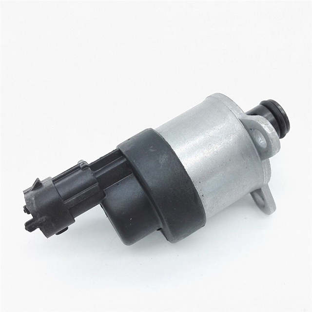US $27 8  Rail Fuel Pump Pressure Duramax Diesel LB7 Fuel Pressure  Regulator For GM Chevy GMC-in Oil Pressure Regulator from Automobiles &  Motorcycles