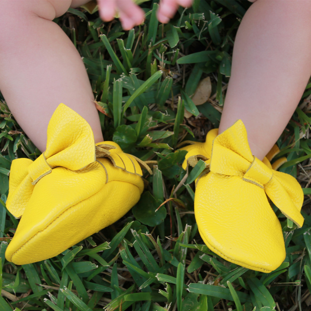 Genuine-Leather-baby-shoes-Toddler-Fringe-and-bow-baby-moccasins-First-Walkers-Infant-Baby-girl-and-boy-Shoes-Free-shipping-1
