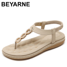 BEYARNE moda kadın sandalet rahat Flip flop Rhinestone kristal Bohemian Boho düz topuk sandalet elastik bant etnik ayakkabı