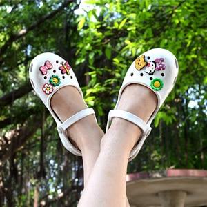 Image 4 - חדש הגעה נשים של קל דירות סנדלי קיץ זול Mule קבקבי גבירותיי בנות גן נעלי עבודת סיעוד כפכפים נעליים