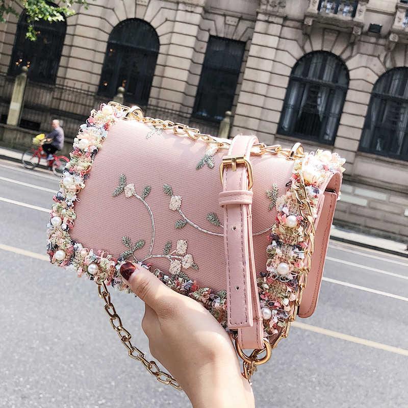 Etail Вышитый цветочный кружевной лоскут маленькие сумки заклепки цепи сумки на плечо Высокое качество PU кожа через плечо женские сумки-мессенджеры