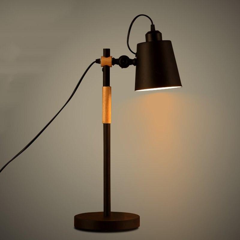 Nordic просто железного дерева Спальня Таблица света творческий Книги по искусству исследование Гостиная свет Кофе магазин свет с светодиодн...