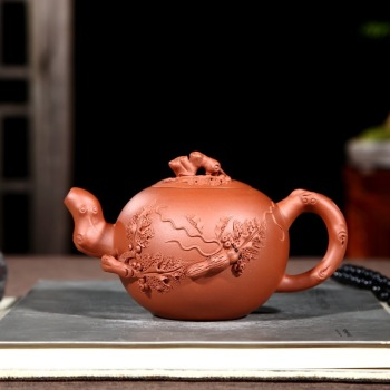 Squirrel pot of yixing authentic famous grape are recommended all hand undressed ore purple clay teapot tea wholesale