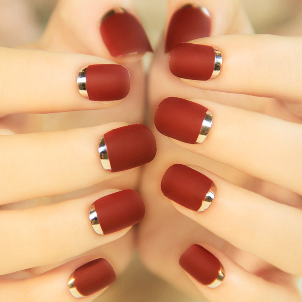 24Pcs Bordeaux Metal Frosted Short False Nail Turnover French Style ...