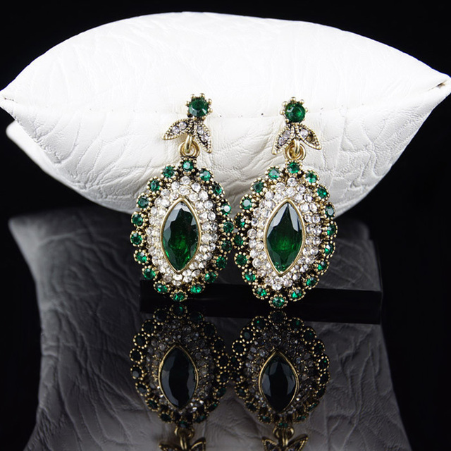 Vintage Indian Rhinestone Crystal Flower Jewelry Set