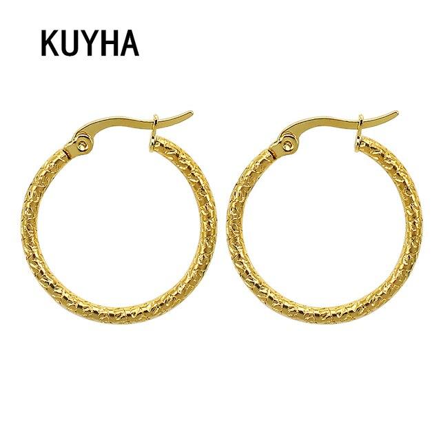 ce6fc60d09e5 Simple moda ronda Pendientes de Aro para las mujeres hombres oro color  geométrico círculo oreja brincos