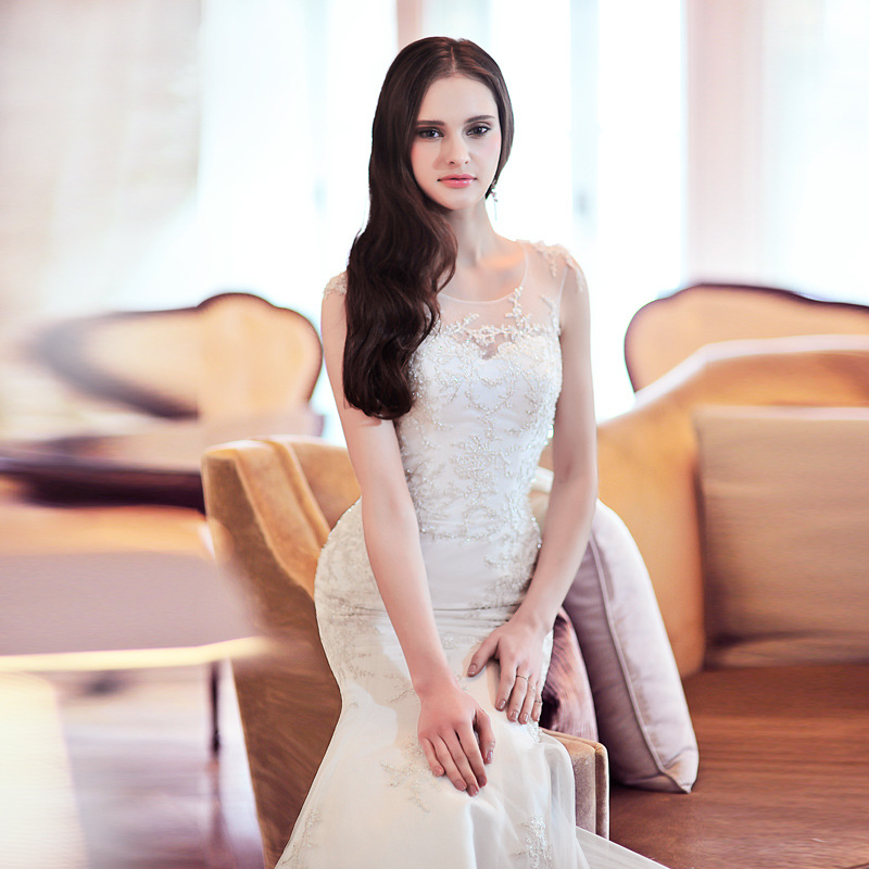 d62fbf0482467 2015 new summer day silk Tulle straps Ella fishtail wedding dress sexy lace  wholesale Korean tail-in Wedding Dresses from Weddings   Events on ...