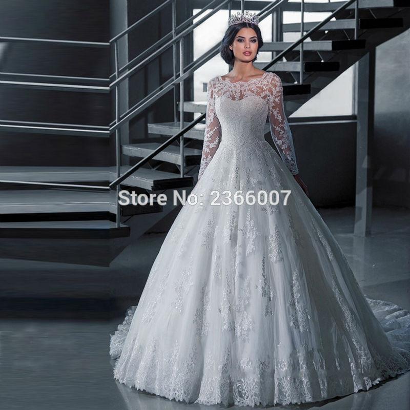 В роскошном старинном платье
