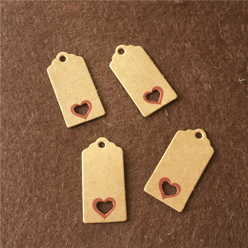 50Pcs/Lot 4x2cm Handmade Kraft Paper Hang Tags Blank Party Birthday Wedding Garments Shoes With Heart Shape Hollow Hanging Tags
