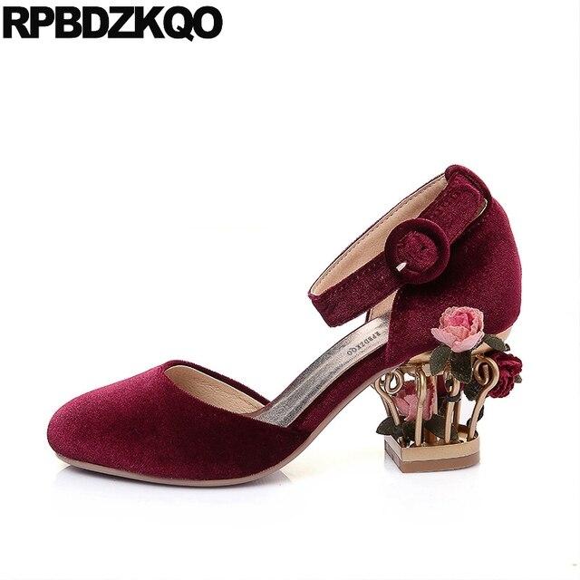 970d893f6 Rosa Bombas De Sapatos Casamento 2018 Noiva Dedo Do Pé Redondo Tamanho 4 34  Bloco Personalizado Flor de Veludo Mulheres Salto Alto Grande Tornozelo  cinta ...