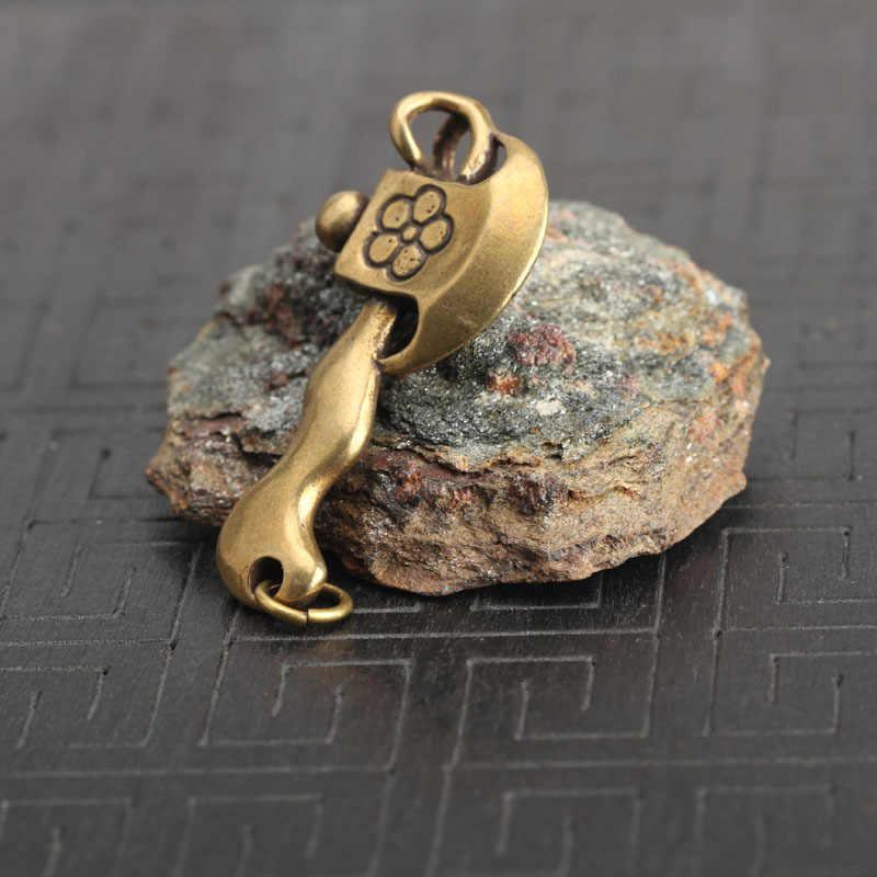 ลิงทองแดงขวานพวงกุญแจจี้ Vintage ทองเหลืองจีน Blessing ความมั่งคั่งพลัมดอกไม้ Ax Key แหวนเครื่องประดับตกแต่งบ้านของขวัญ