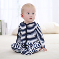 New 2017 Winter Soft and Comfortable Baby Clothes 100% cotton Black Stripped Baby Sleepwear Climb Clothing Baby Footies