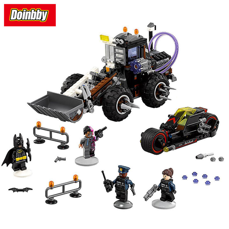 Bela 10738 Batman Movie Two-Face Double Demolition Navvy Bat Root Building Block Brick Toys 588Pcs Kid Gift Compatible 70915