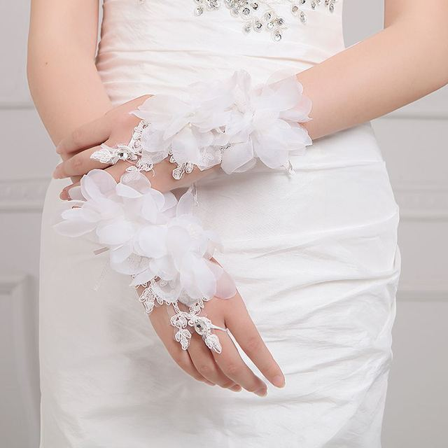 2016 New Hot Flor Do Laço Curto Luvas de Noiva Luvas Sem Dedos Casamento 2016 Acessórios Do Casamento Luvas de Noiva Venda Quente Branco Vermelho