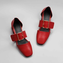 2017 New fashion retro hot solid color hollywood star med heel pumps square toe buckle strap genuine leather handmade shoes