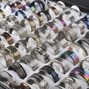 Image 1 - Anneau de bijoux en acier inoxydable 100 pièces/boîte Design géométrique Styles mixtes hommes femmes Punk anneau de doigt Anillo de dedo lot de gros