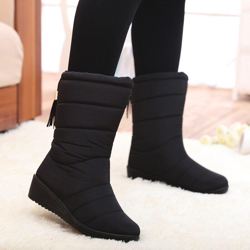5f5f2df2aca Abajo de la plataforma mujeres botas de invierno impermeable caliente con  piel de mitad de la pantorrilla botas de nieve negro antideslizante cuñas  zapatos ...