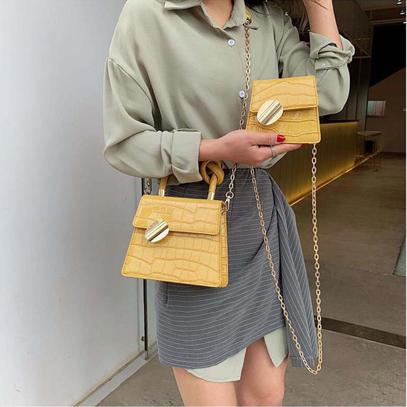 Fashion Female Small Square Bag 2019 Women Shoulder Messenger Bag Chain Brand Crossbody Bags Crocodile Pattern Hasp Handbag Fashion Female Small Square Bag 2019 Women Shoulder Messenger Bag Chain Brand Crossbody Bags Crocodile Pattern Hasp Handbag