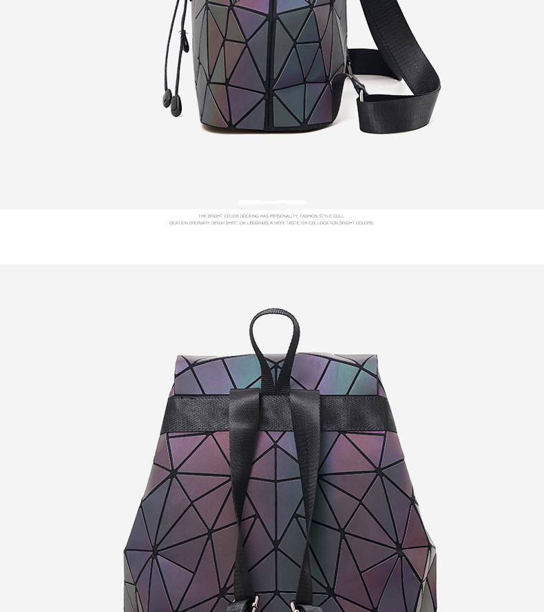 HTB1shpNVZfpK1RjSZFOq6y6nFXaL Women Backpack Luminous Geometric Plaid Sequin Female Backpacks For Teenage Girls Bagpack Drawstring Bag Holographic Backpack