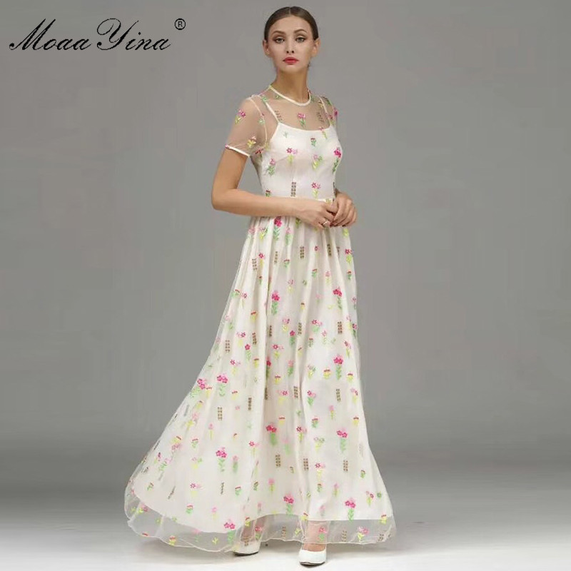 MoaaYina Fashion Designer Runway Dress Summer Women Short sleeve Mesh Floral Embroidery Noble Elegant Holiday Parties Maxi Dress