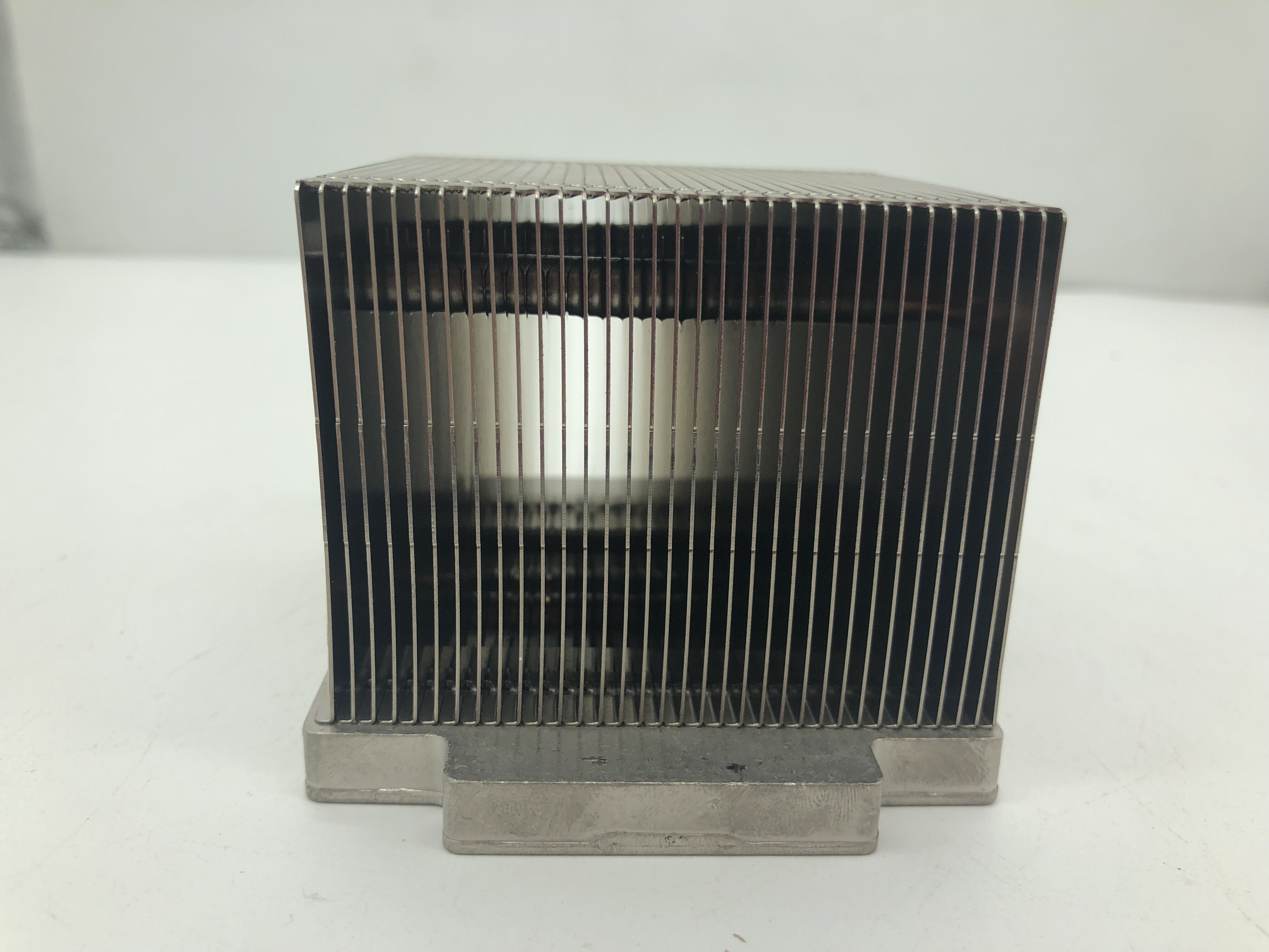 667268-001 661379-001 HEAT SINK For HP ML350p G8 Heatsink Original