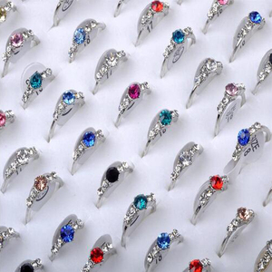 Mixed 20Pcs Lot Crystal Silver Color Rings For Elegant Women Ladies Wedding Party Jewelry Accessories Bulks