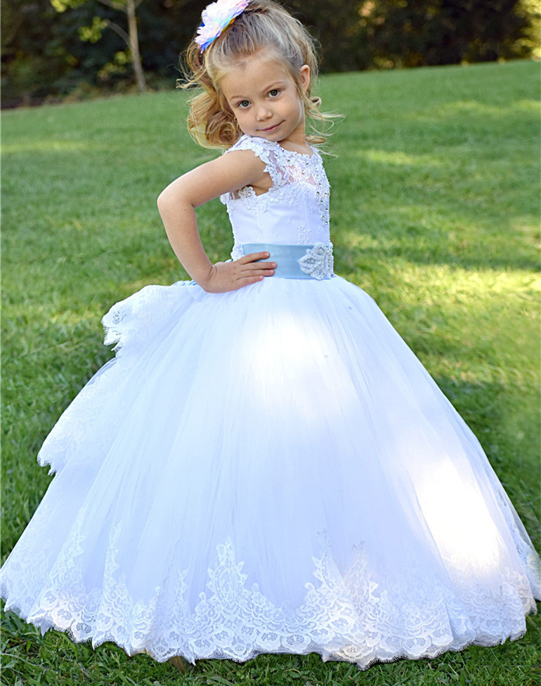 White Ivory Beaded Lace Flower Girls Dresses With Belt Puffy Tulle Girls First Communion Dress Little Princess Dress Custom Made