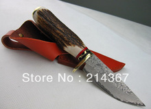 Damascus knife hunting knife with natural antlers as kinfe handle for hunter