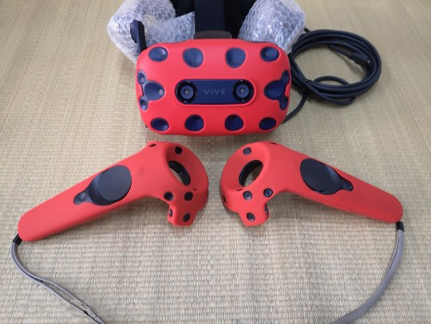 For HTC VIVE PRO VR Virtual Reality Headset Silicone Rubber VR Glasses Helmet Controller Handle Case 0046